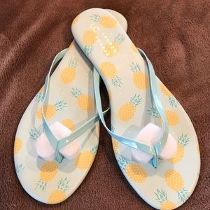 NWT LC Pineapple Flip Flops 8